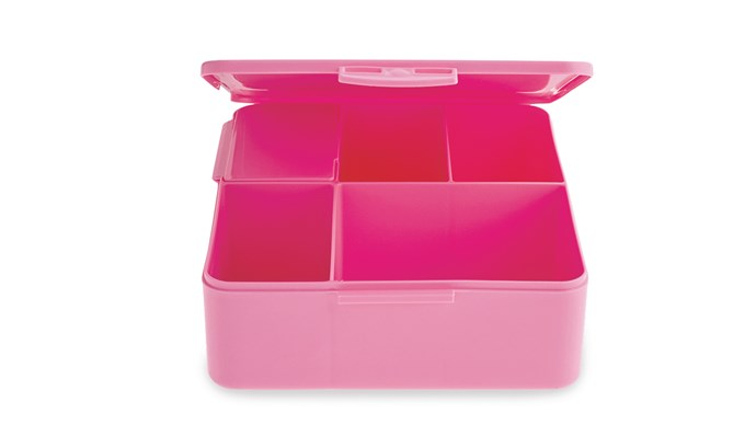 'Spencer Bento Box' container in Pink, $22.50, from [Pottery Barn Kids](http://www.potterybarnkids.com.au/)