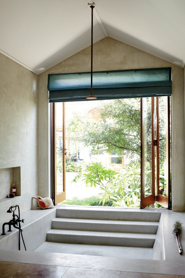 The bathroom opens to the internal courtyard. | Photo: Sharyn Cairns