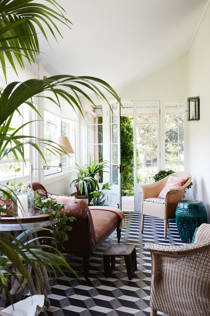 "In the garden room, armchairs from [Cotswold Furniture](https://cotswoldfurniture.com.au/en|target=""_blank""