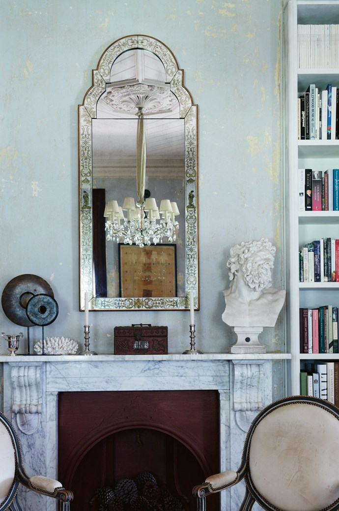 "A verre églomisé mirror by [Julian Chichester](http://us.julianchichester.com/|target=""_blank""