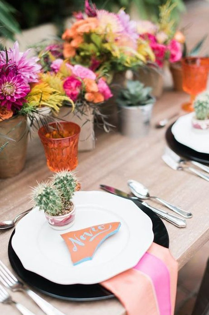 A teeny tiny cactus is the perfect accompaniment to a place card. Image via [Happy Wedd](http://happywedd.com/)