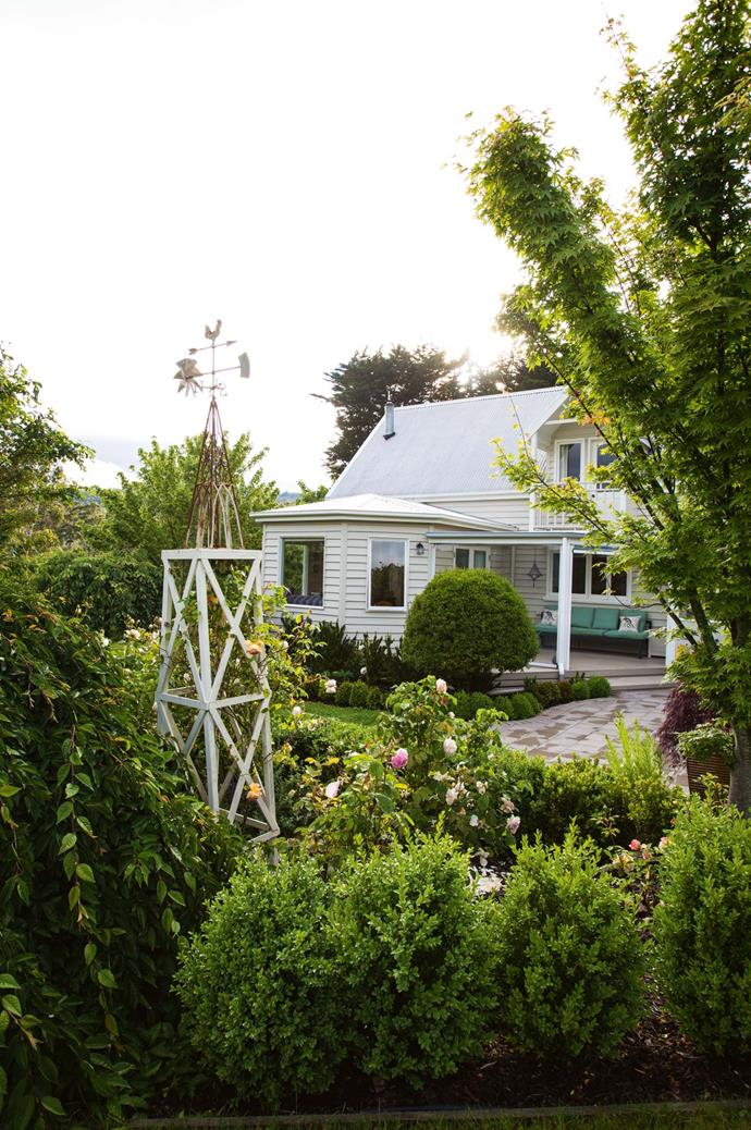 """The garden was inspired by their previous one; a formal [rose garden](https://www.homestolove.com.au/romantic-rose-gardens-13868