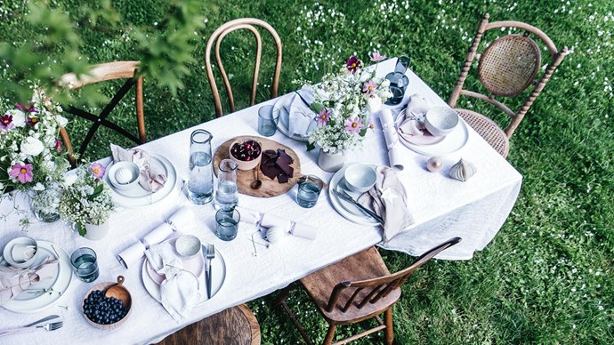 Are we dining in a field of dreams? This Christmas, set the scene for a festive lunch in the garden.  | Photo: Abbie Melle