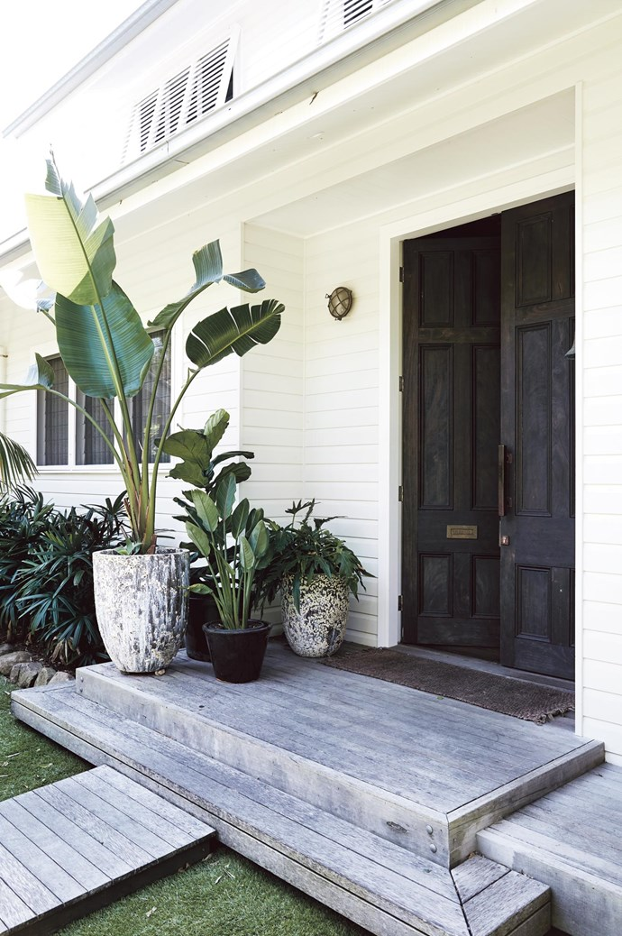 These thoughtfully styled spaces are  all light, linen and loveliness  — and quintessentially Byron. Cool, white interiors meet the warm exterior of a Byron Bay summer.      Photo: Jessie Prince