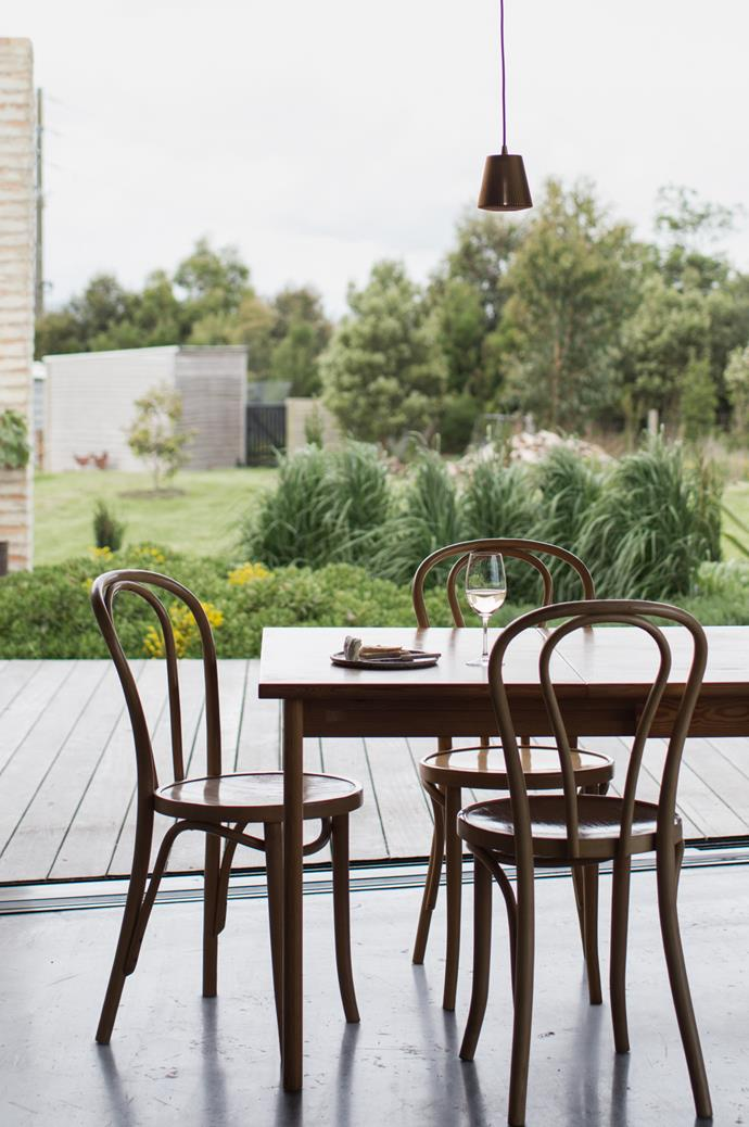 "Kim of [Edition Office](http://edition-office.com/|target=""_blank""