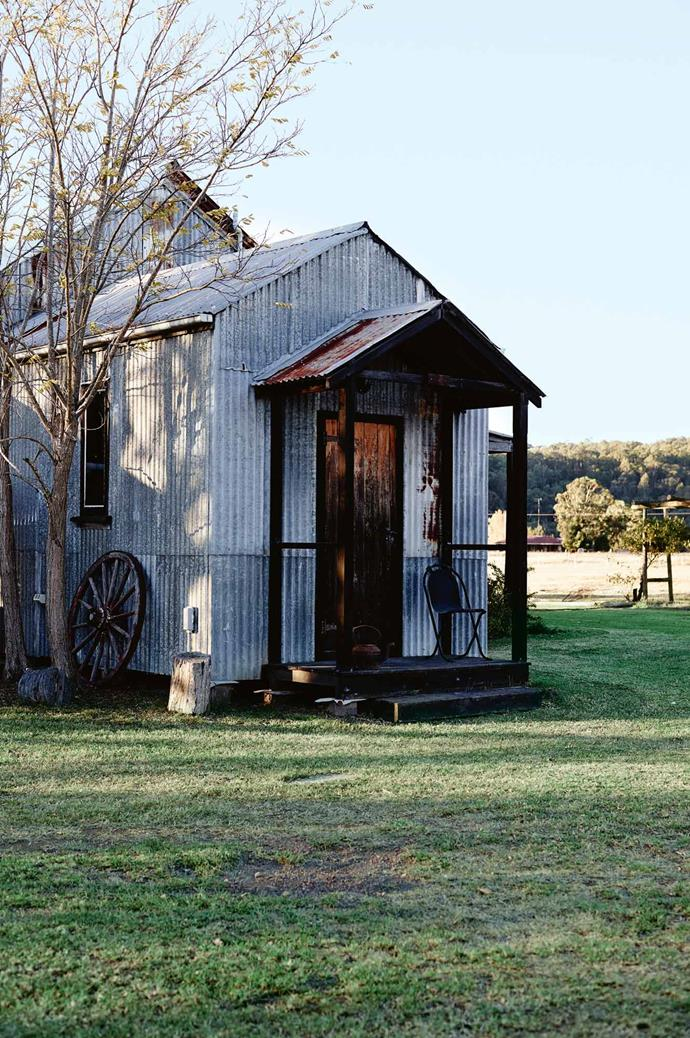 "**Stay: [Blaxland's Cottage](https://www.airbnb.com.au/rooms/14732273|target=""_blank""