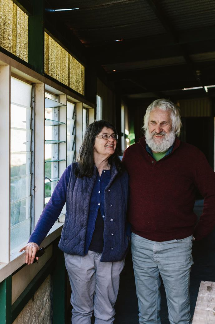 Ilona's friends and fellow artists Kate Jenkins and Peter Hart are represented by The Hundred Mile Home. Kate taught Ilona how to fire and glaze pottery.