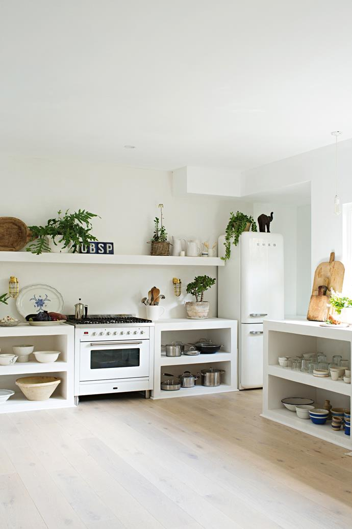 """Display your beautiful curios in open-plan designs. [Open shelves](https://www.homestolove.com.au/open-shelving-kitchen-16950