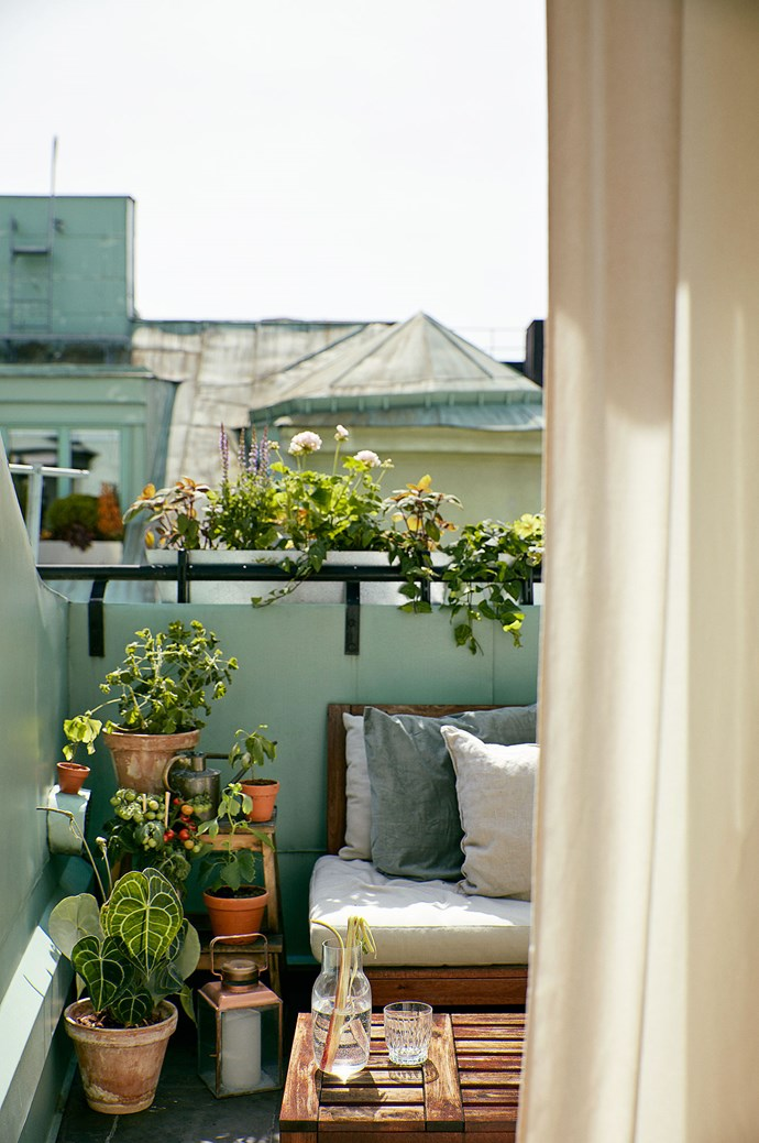 Group your house plants together for a more verdant balcony. Whip out some balcony planters, plant stands and small step ladders to vary the height between your foliage and blooms. Image courtesy of [Fantastic Frank](https://www.fantasticfrank.com/)
