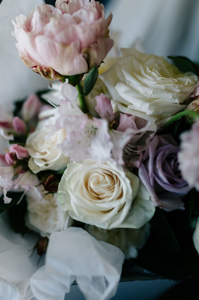 """The bouquet and floral arrangements were put together by [Prunella](http://www.prunella.com.au/), who transformed the property into their first event space. """"I let them work their magic,"""" says Elissa. """"When they asked me what flowers I wanted, and I looked at them blankly – they knew what to do!""""   Photo: Marnie Hawson"""
