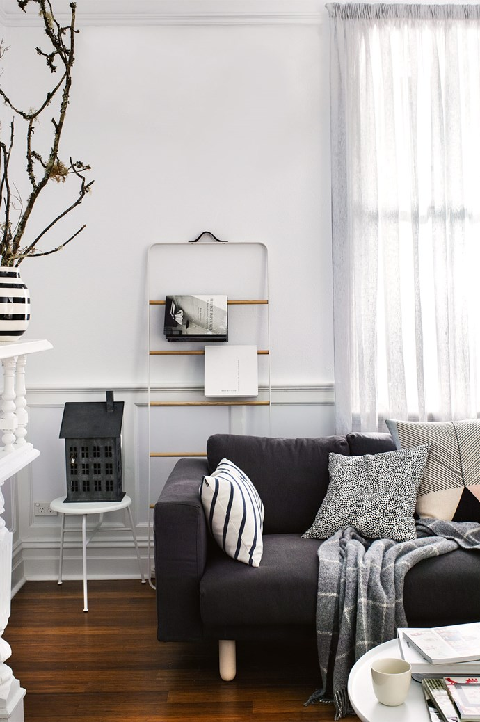 """[**Pappa Sven's Summer Cabin, NSW**](http://www.homelife.com.au/country-style/a-scandi-style-retreat-in-newcastle-nsw?ref=/search).<p>  <p>This Scandi-inspired retreat in Newcastle was born from shopowner Libby Helinski's one year stay in Sweden. The petite two-bedroom weatherboard cottage recreates the relaxed mood of a European summer cabin, decorated with Libby's curation of """"natural fibres and imperfections.""""<p>  <p>*Photo: Brigid Arnott*<p>"""