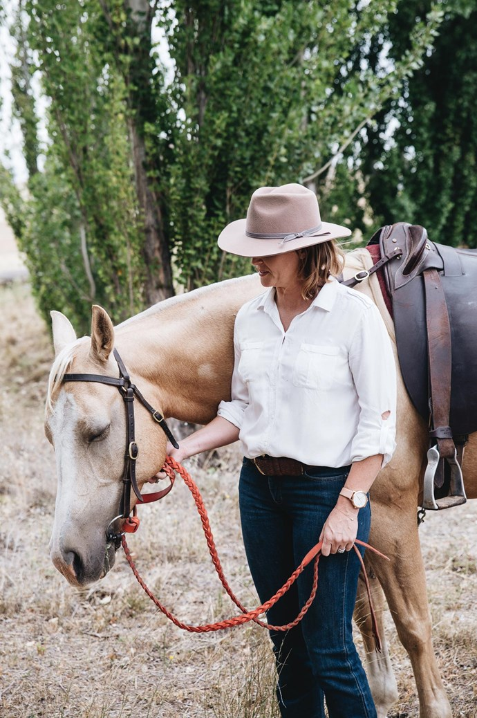 Mardi's style is focused on labels designed and made in Australia from natural fibres. Think [Frank and Enid](https://www.frankandenid.store/), [Ruby Maine](https://www.rubymaine.com.au/) and [Iglou](https://iglou.myshopify.com/), where she can feel connected to the shop owner and their products. | Photo: Abbie Melle