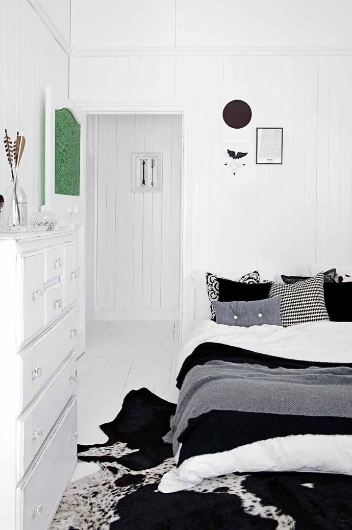 A white floor-to-ceiling bedroom provides the versatility to change the colour and style of your linen to reflect your mood. When choosing the size of a rug, the key is to ensure there is a balance between the floor that is exposed and the floor that is covered.