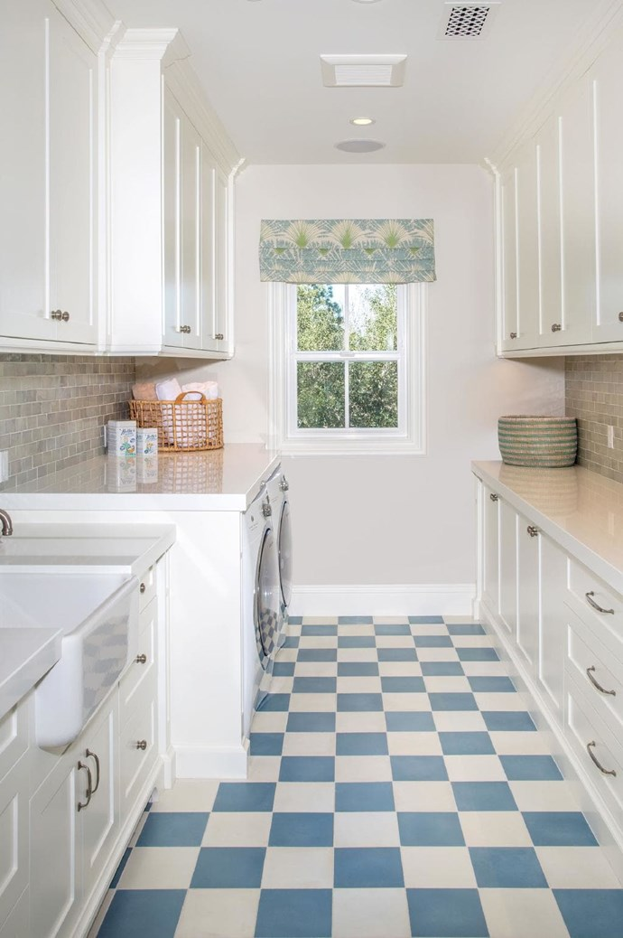 "The classic checkerboard floor is not just for kitchens! From the ground up, you can't go past the Hamptons-style feel of this laundry by [Kelly Nutt Design](http://www.kellynuttdesign.com/|target=""_blank""