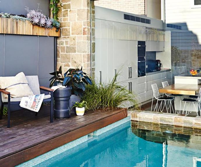 garden-pool-glass-windows