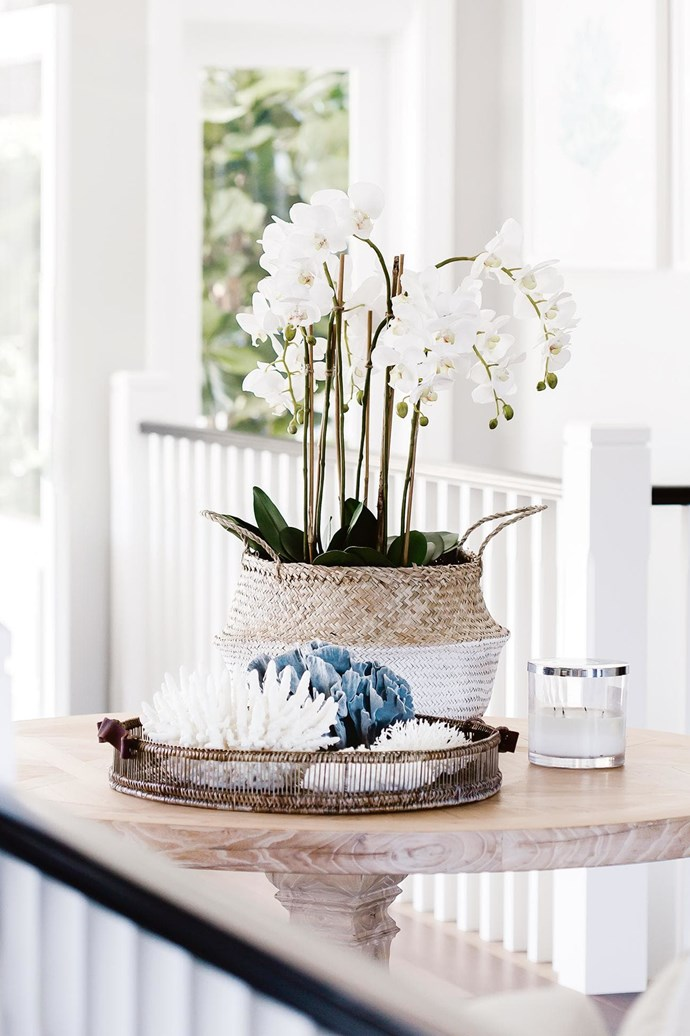 "Pay attention to details and play with texture within the neutral palette. Design: [Tonka Andjelkovic Design](http://www.tonkaandjelkovicdesign.com/|target=""_blank""