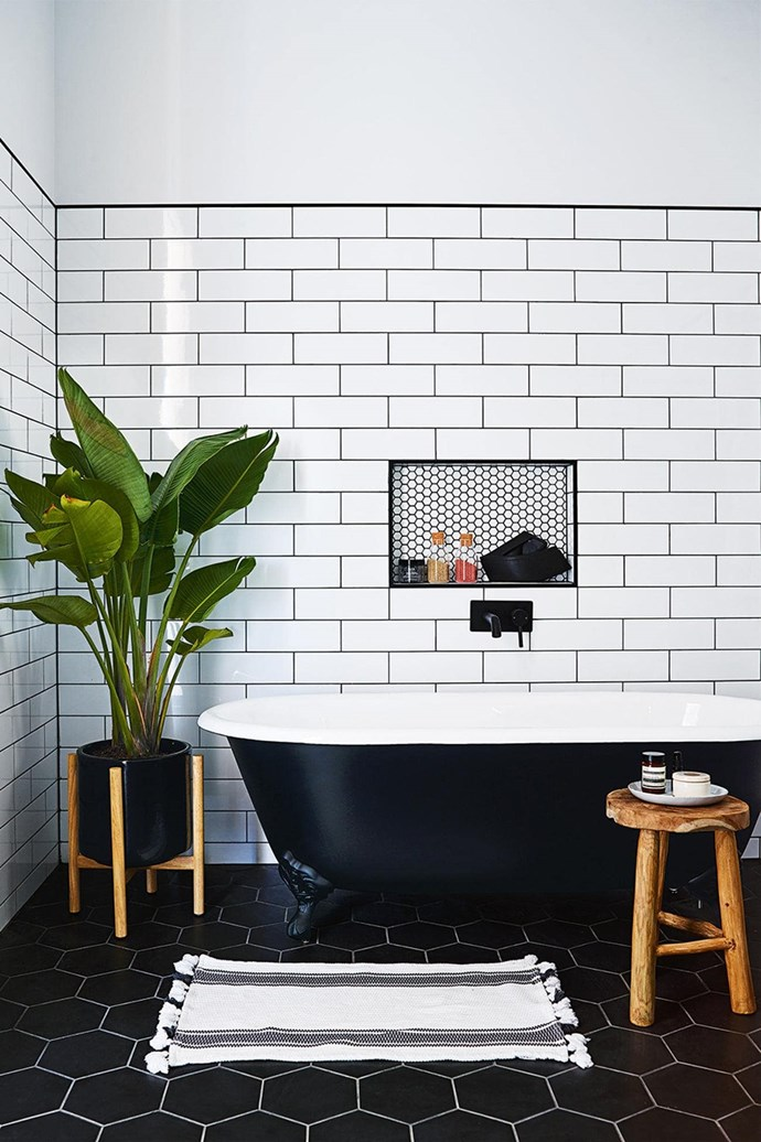"""*Inside Out* style editor Jono Fleming took on the role of what he calls """"somewhere between a bossy client and a co-designer"""" to create his [parent's dream country farmhouse](https://www.homestolove.com.au/a-son-builds-his-parents-their-dream-farmhouse-15678