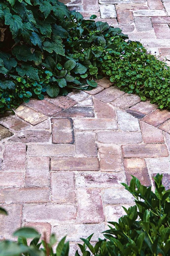 Recycled dry-pressed paving grade bricks, $0.95 each, [The Brick Pit](https://www.thebrickpit.com.au/) Photographer: Brigid Arnott