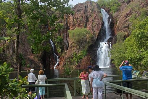 1. Wangi Falls