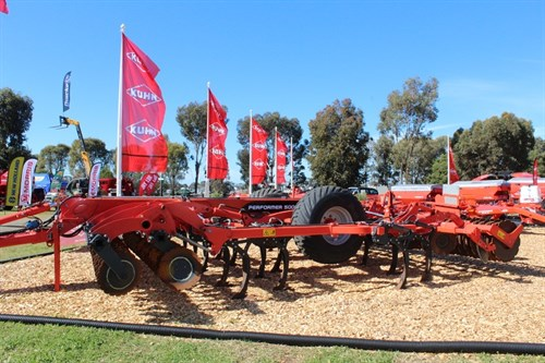 Kuhn Performer Combi Cultivator