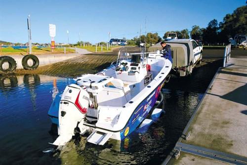 Edgewater 170 CC at boat ramp