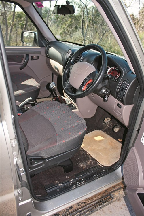 Mahindra Pik Up Dual Cab Ute Interior 5