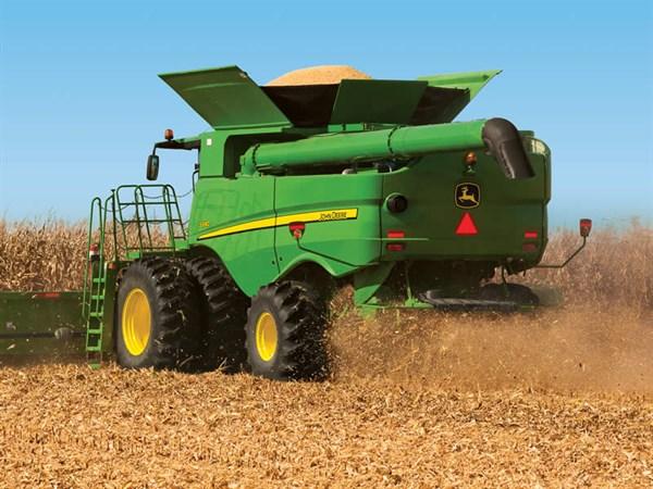 John Deere Harvesters _4