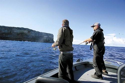 Fishing from -Aglapro Sniper 444 Pro