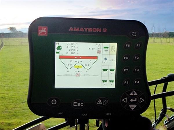 Amazone -ZA-TS-Profis -Hydro -spreader -Amatron Screen