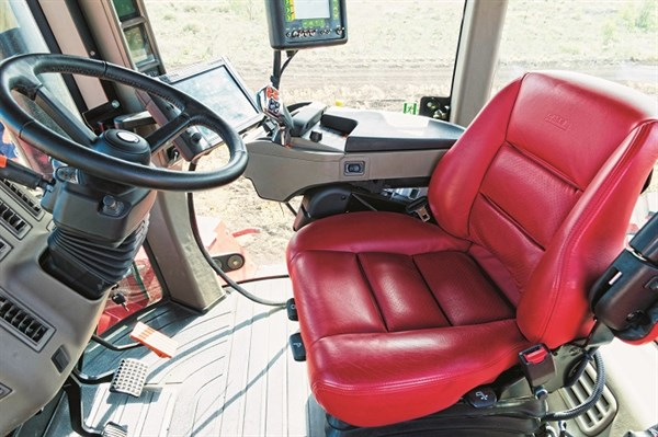 6808_Case IH Steiger Rowtrac 450 Seats