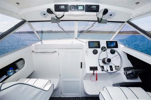 Caribbean 2300 interior