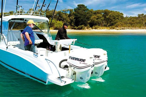 Caribbean 2300 with twin E-TEC outboards