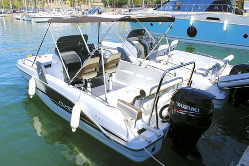 Beneteau 6 boats