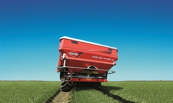 Ludeman Farm Kuhn Axis 50.1 H-EMC-W Spreader