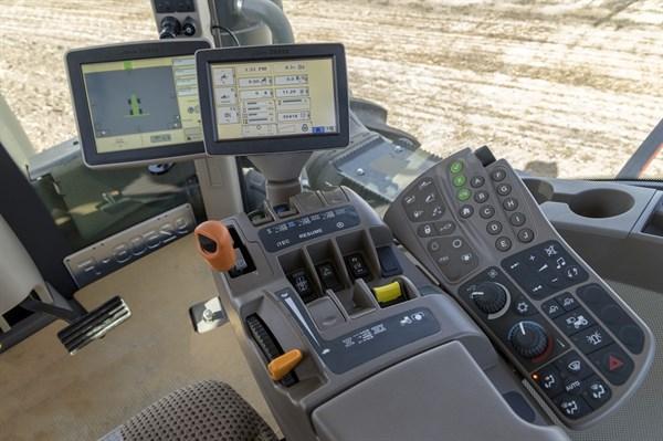 John Deere 9410R Tractor _controls