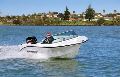 Fi-Glass 475 Fireball boat