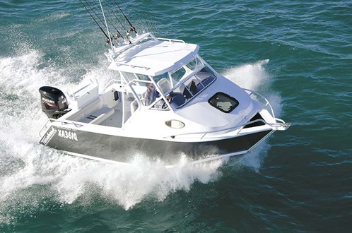 Formosa 580 Tomahawk on the water