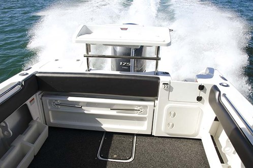Transom on Cruise Craft Explorer 595 HT