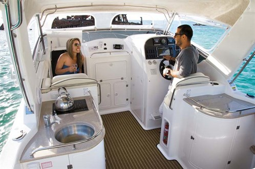 Powercat 3100 Platinum Series Cruiser layout
