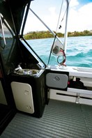White Pointer 800 Sports Cruiser storage