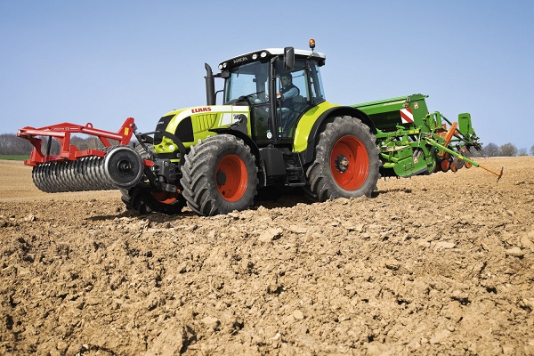 Claas Arion 630CIS