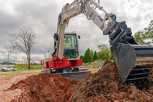 Takeuchi -TB280FR-excavator -digging -b3