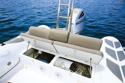 Brig Navigator 700 stern storage