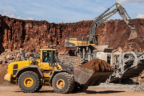 Volvo -earthmovers -Brisbane -West -Wellcamp -airport