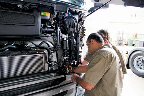 Apprentice challenge hands on brisbane truck show