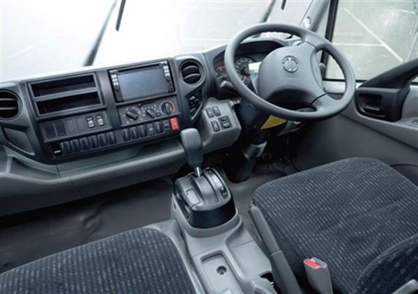Hino -300-series -921-truck -review -atn _498x 350[1]