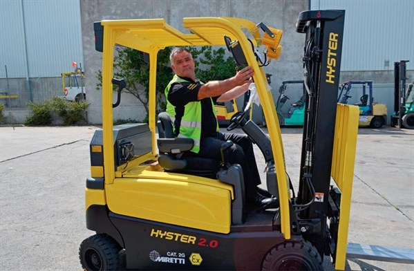 Adaptalift ,-Hyster ,-J25XN,-forklift ,-review ,-cab ,-ATN