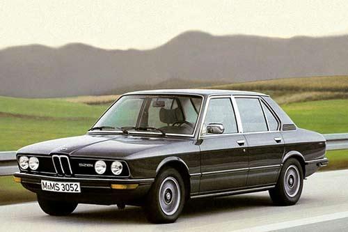 BMW-528i -E12-2