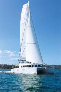 Lagoon 620 sails