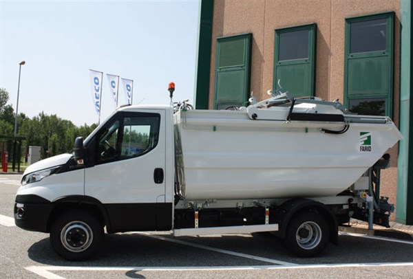 Iveco -Daily ,-van ,-review ,compact ,-ATN
